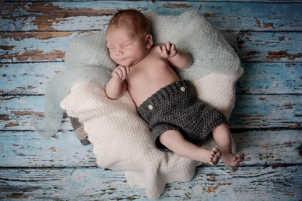 Nyfødt, newborn, baby fotografering Fyn