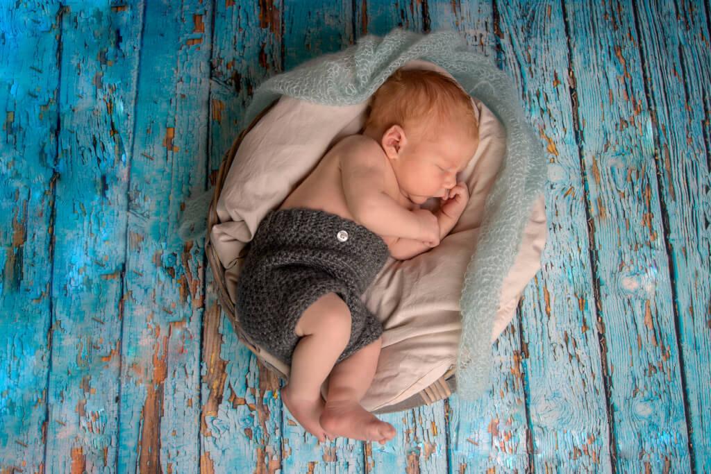 Newborn, nyfødt, baby og gravid fotografering Fyn